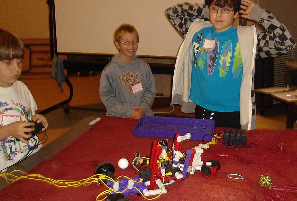 Hands-On Robotics at MATES with Growing Outdoors! (Thousand Oaks)